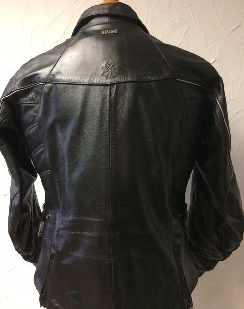 blouson de moto d 39 occasion marque ixs en cuir pour femme taille 44. Black Bedroom Furniture Sets. Home Design Ideas