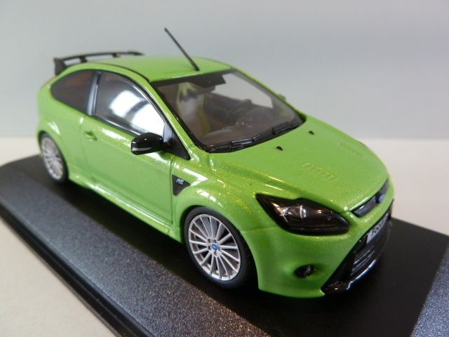 miniature ford focus rs 500 green fabricant minichamps. Black Bedroom Furniture Sets. Home Design Ideas