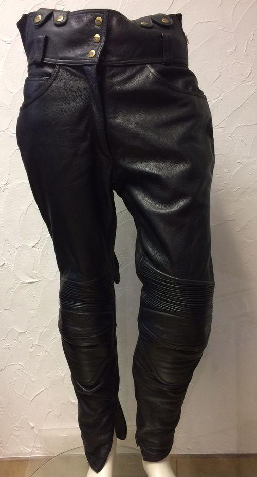 pantalon de moto d 39 occasion en cuir de la marque ixs pour femme. Black Bedroom Furniture Sets. Home Design Ideas